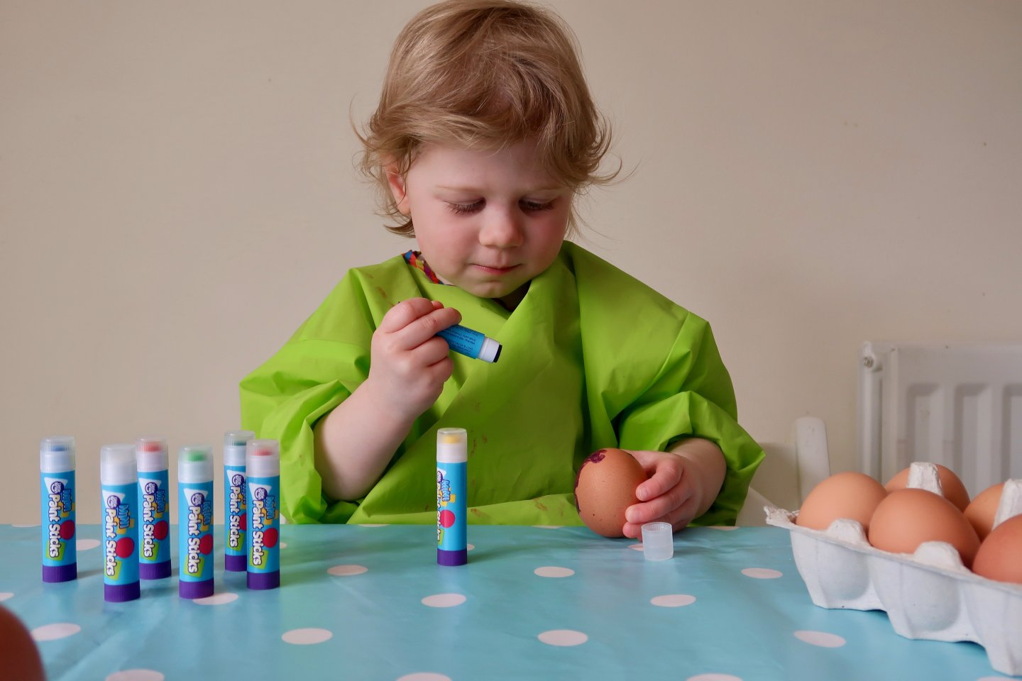 Easy Easter toddler activity